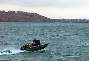 Тримаран GESER K600 на волне 0.7 метра скорость 35 км в час