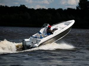 Моторная лодка Бестер 480 open
