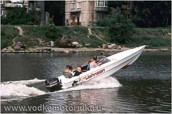 Полная лодка пацанов. 1998г.