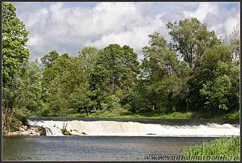 Водопад на Лаве.