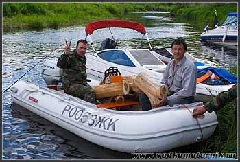 Подвоз дров для лагеря.