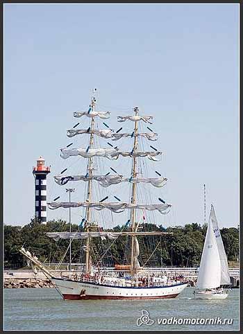 Яхта 'FRYDERYK CHOPIN' Польша