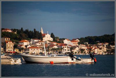 Марина Рогозница - местный флот