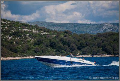 Водные просторы Хорватии штурмует водкомоторный флот
