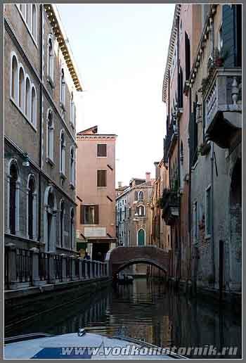 Венеция. Каналы в городе.