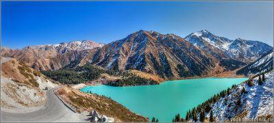 Панорама Большого Алмаатинского озера