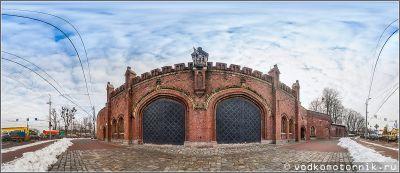 Фридландские ворота в межсезонье. Панорама.