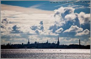 Вид на старый Таллинн со стороны Финского залива