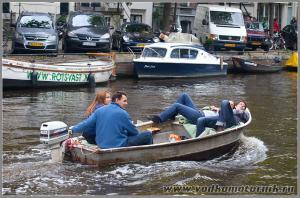 Амстердам - водкомоторники