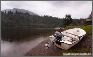Лодка, Tohatsu, берег туман....