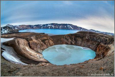 Исландия - стратовулкан Аскья