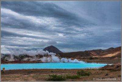 Исландия - теплое озеро перед г.Миватн