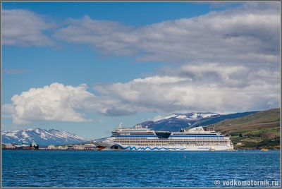 Исландия. AIDA у причала в Акурейри