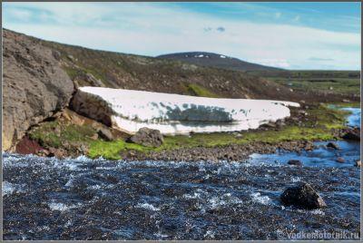 Исландия. Виды на F910 - сток воды