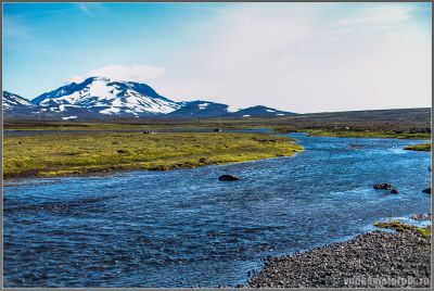 Исландия. Вид на какую-то Джомолунгму