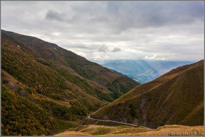 Дорога на перевал Медвежий крест