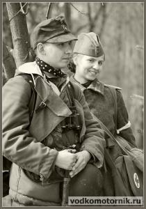 Советская санитарка кадрит немца
