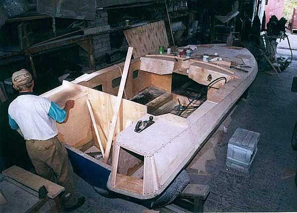 ты должен построить лодку