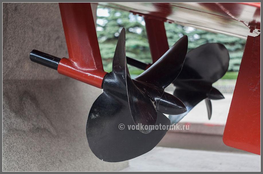 простая эфективная защита винта для лодочного мотора грудастая Неумолимые парни