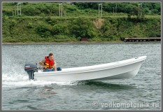 Бриз-14 моторная лодка