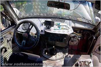 Салон настоящего пацанского автомобиля выглядит так!