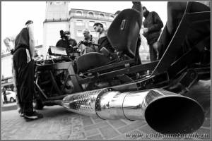 Выхлопная труба трицикла