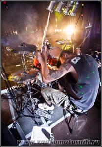 Барабанщик группы San Uzel