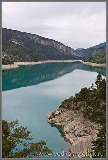 Альпийское озеро.