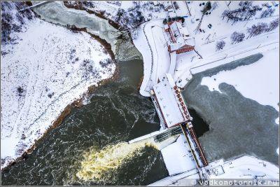 Правдинская ГЭС-3 зимой - с высоты птичьего полета