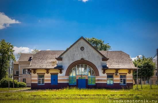 Железнодорожный вокзал - Приморск