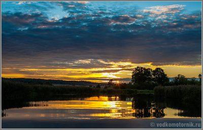 Закат на реке Прохладная