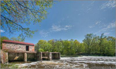 Плотина на реке Писса