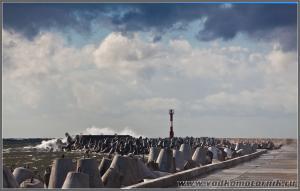 Штормящее море Балтика