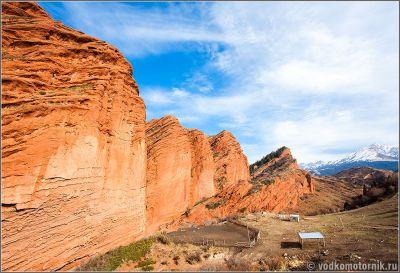Киргизия - красные горы Джеты огуз