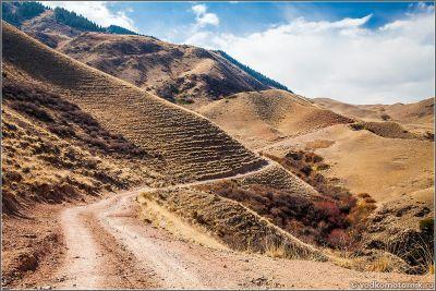 Казахстан выезд с плато Ассы