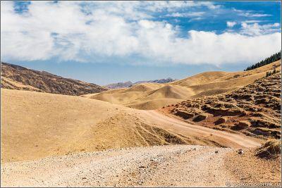 Казахстан - дорога по плато Ассы