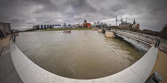 Панорама 360° реки Преголя у моста Деревянный в Калининграде
