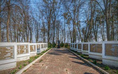 3D тур - Братская могила Багратионовский р-н, п. Владимирово