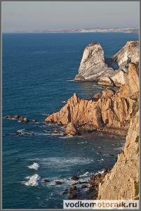 Мыс Рока - скалы