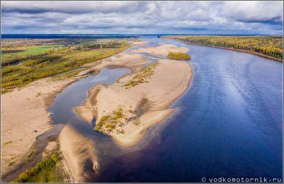 Золотые песчаные пляжи на реке Северная Двина