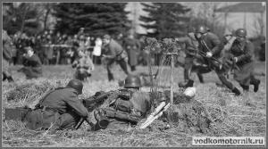 Советские войска атакуют немецкую оборону