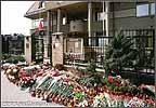 Польское посольство в дни траура.